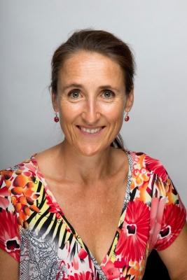 Dr Jacqui Dobson